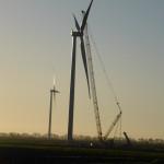 Eerste windmolens windpark Oud Dintel gebouwd