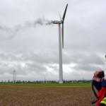 Windturbine in vlammen in Oostenrijk, twee servicemonteurs ernstig gewond