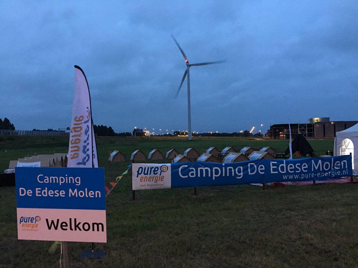 Unieke happening : 1e windmolencamping ter wereld