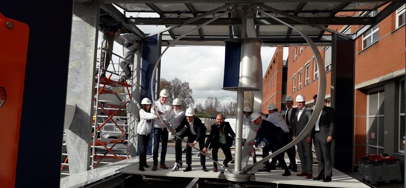 Eerste PowerNEST geplaatst op dak Techniek College Rotterdam