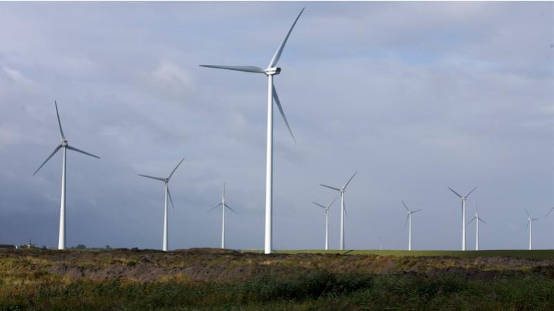 Aanhoudingen voor asbestdumpingen en dreigbrieven aanleg windparken in Groningen en Drenthe