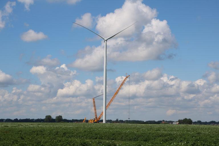 Windpark De Drentse Monden en Oostermoer halveert verlichting