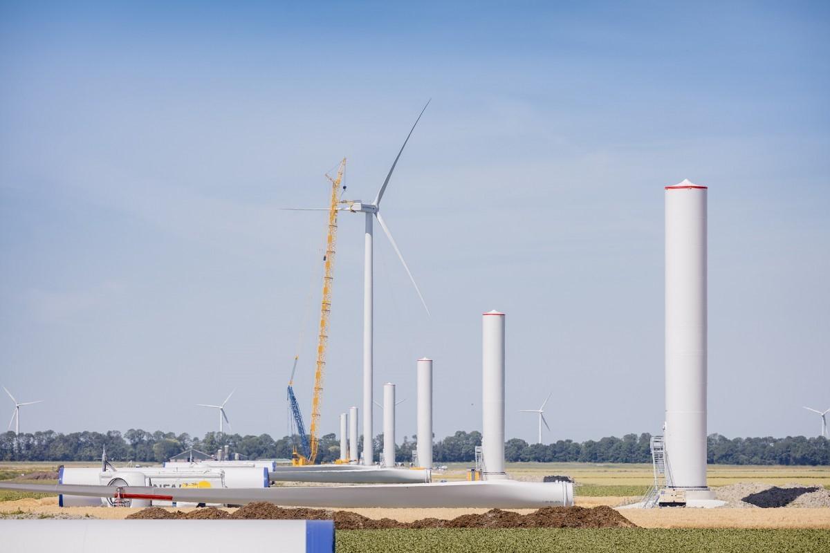 80% fundaties Windpark Wieringermeer gereed