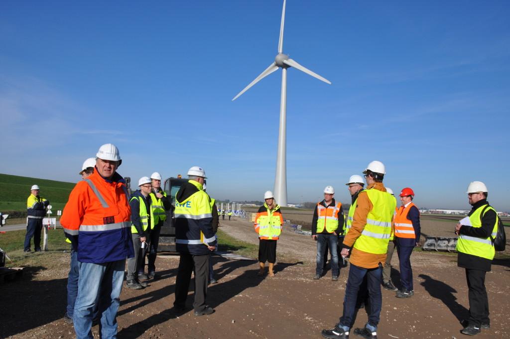Windturbine RWE aangesloten aan het net