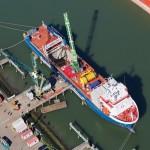 Kuiken Emmeloord levert eerste Sennebogen 7700 voor offshore werk