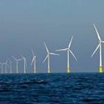 100 windmolens scheef in Noordzee