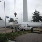 Windturbine Westerlee wordt ontmanteld