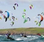Kitesurfers verrast door komst windmolens  Maasvlakte